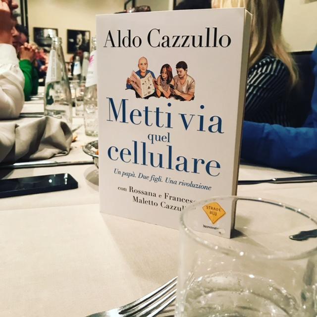 Metti via quel cellulare di Aldo Cazzullo